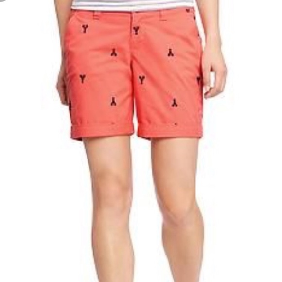 Old Navy Pants - Old Navy Embroidered Lobster Shorts • Size 12 🦞